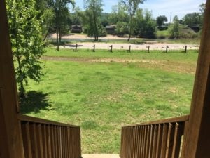 cabin rentals in pineville mo on the elk river
